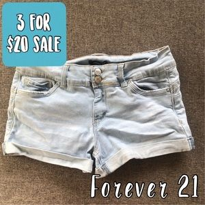 Forever 21 light wash cuffed jean shorts size med